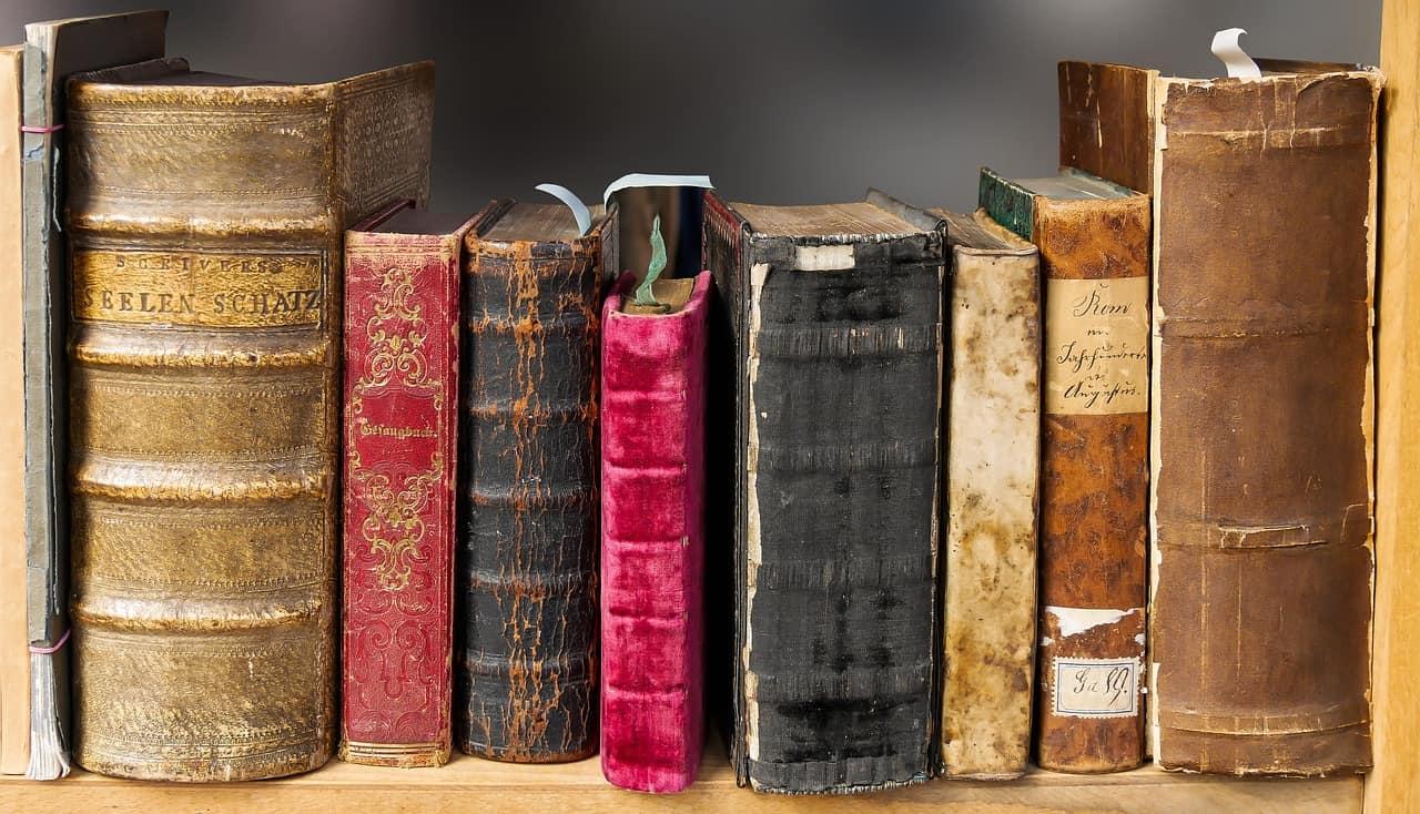 الربح بالعمولة عن طريق إنشاء موقع تقييم كتب